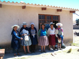 Bolivie, Valle Alto, Vacas, groupe de cholitas